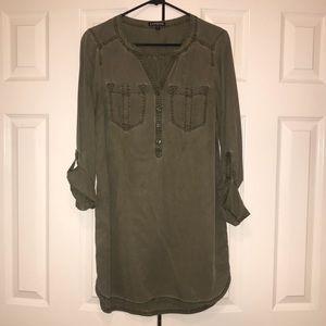 EXPRESS Dress 💚